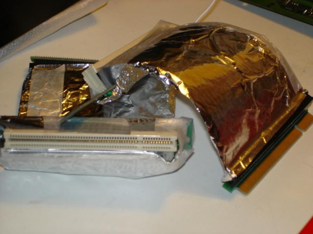 Riser PCI souples blind�s au papier alu !